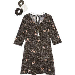 TRIXXI Print Dress with Necklace & Scrunchies
